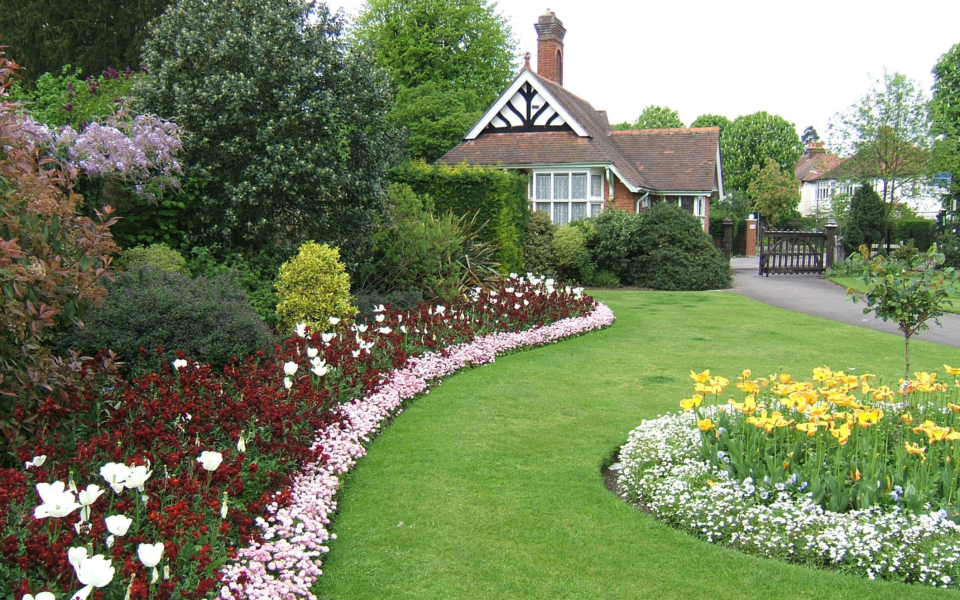 Flower beds and entrance lodge, John Innes Park, Mostyn Road, Merton Park SW20