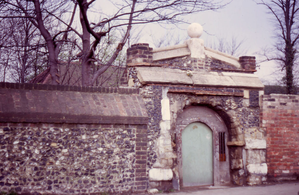 Gateway in Priory Wall, Station Road, Merton, London SW 19.