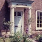Chestnut Cottage, 9 Cricket Green, Mitcham, Surrey CR4. doorcase.