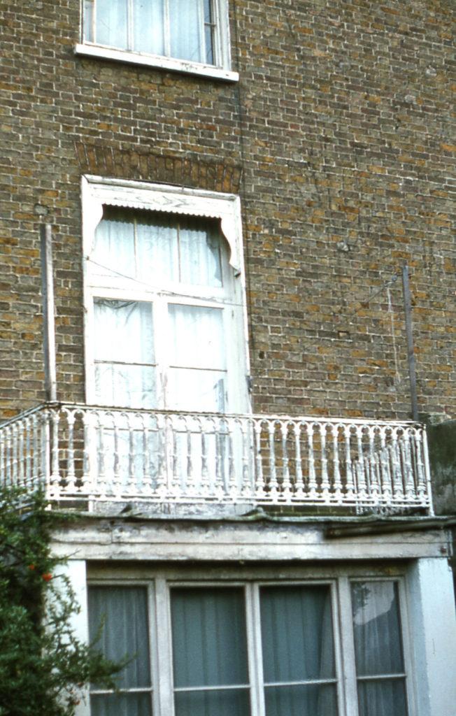 482 London Road:L window detail, Mitcham, Surrey CR4.