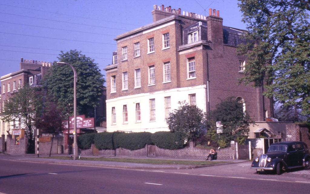 478-484 London Road, Mitcham, Surrey CR4. No. 478 nearest camera.