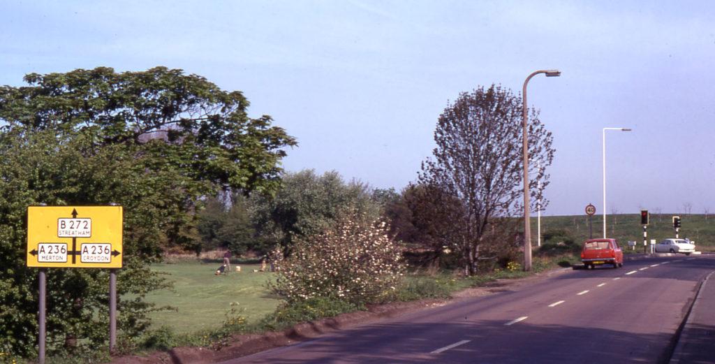 Junction Beddington Lane and Croydon Road, Mitcham Common, Mitcham, Surrey CR4. Maiden Hill.