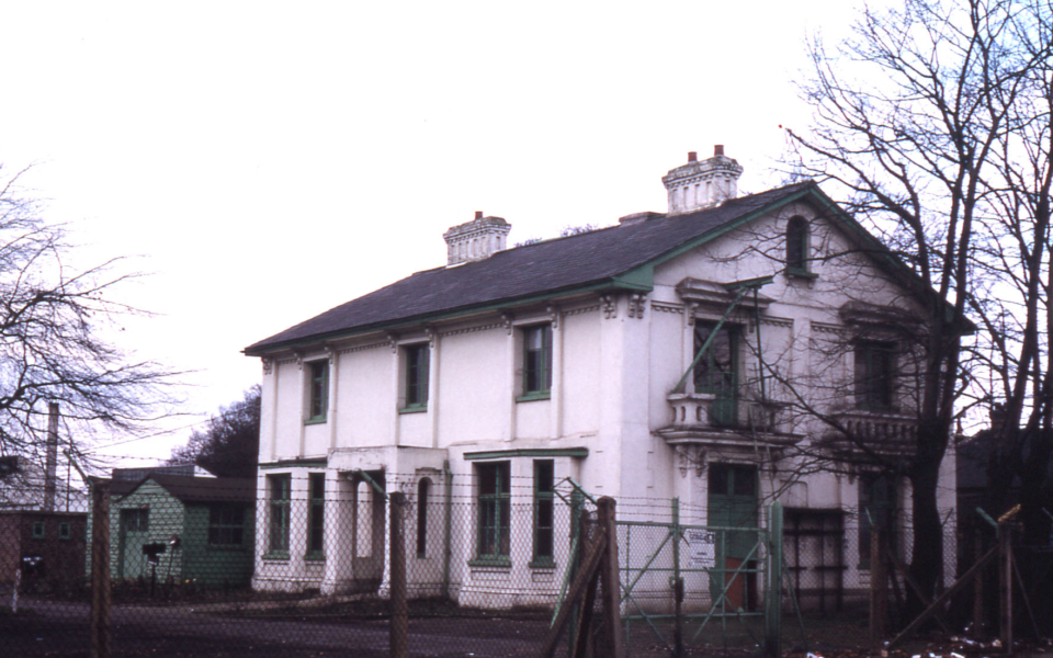 Holmwood, Beddington Lane, Mitcham Common, Mitcham, Surrey CR4.