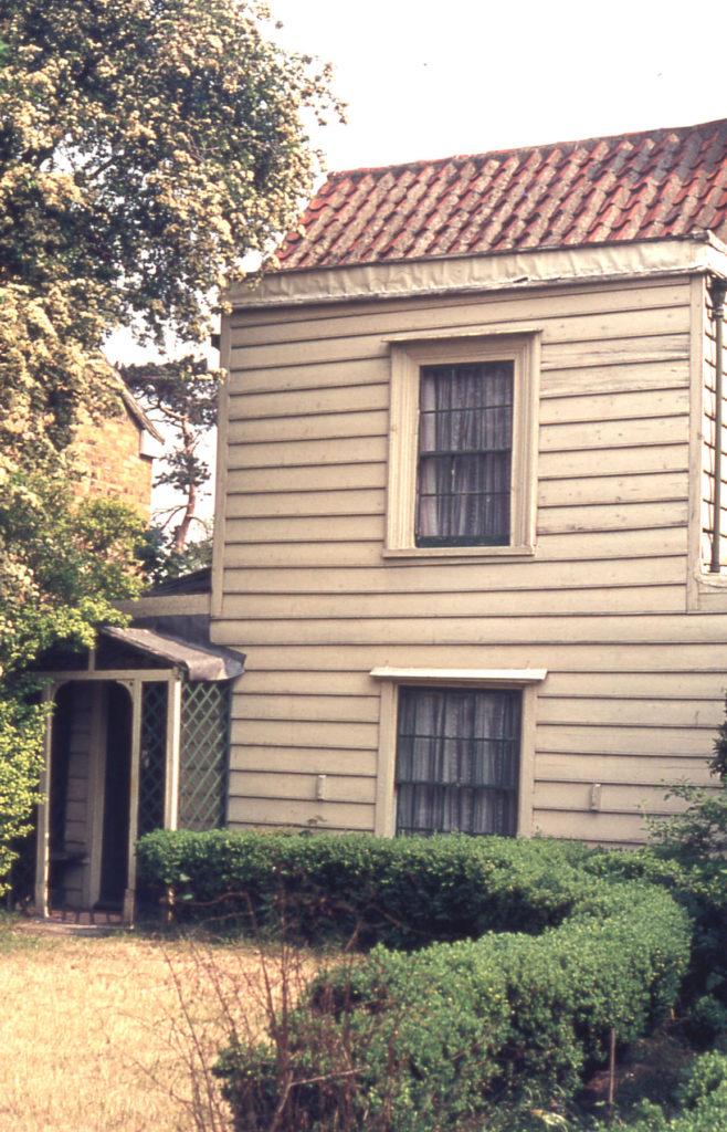 183 Commonside East, Grove Cottage, Mitcham, Surrey CR4. 18th century. Demolished c. 1985.