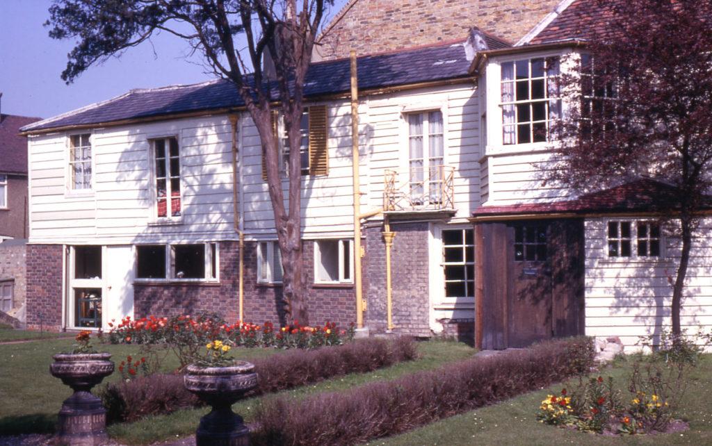 4 Commonside West, Mitcham, Surrey CR4.