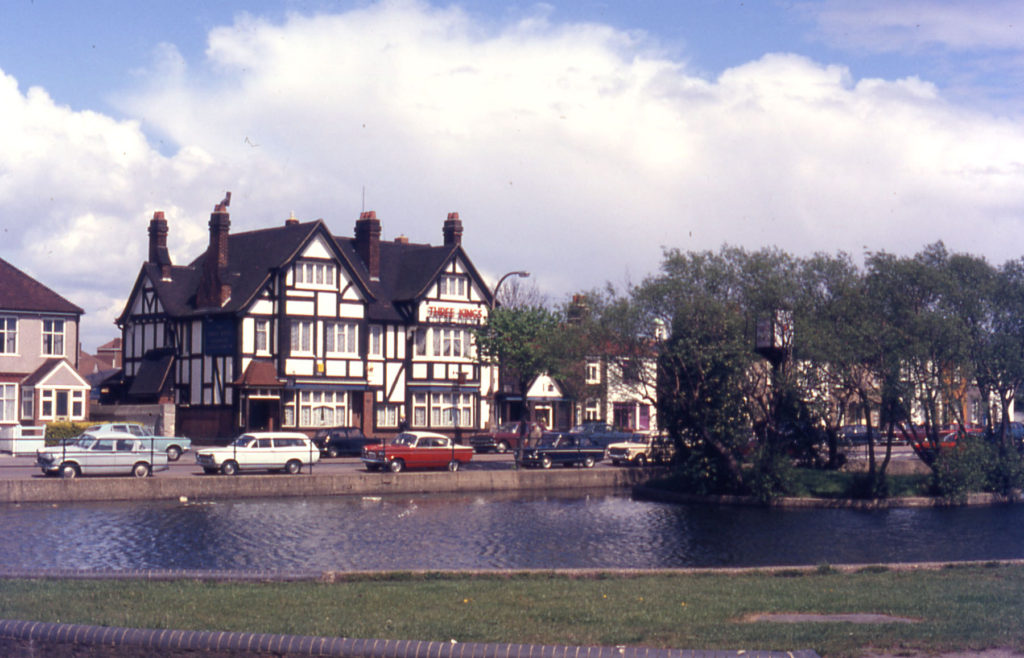 Three Kings Pond, Mitcham, Surrey CR4. Looking north twards the Three Kings pub and Commonside East.
