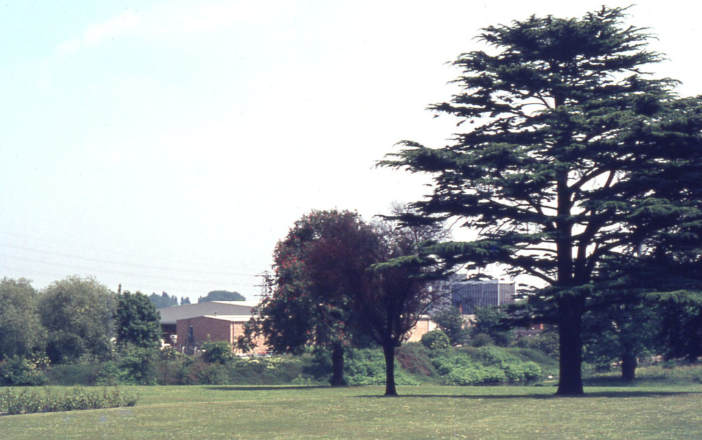 Bennetts Hole, from Poulter Park, Mitcham, Surrey CR4.