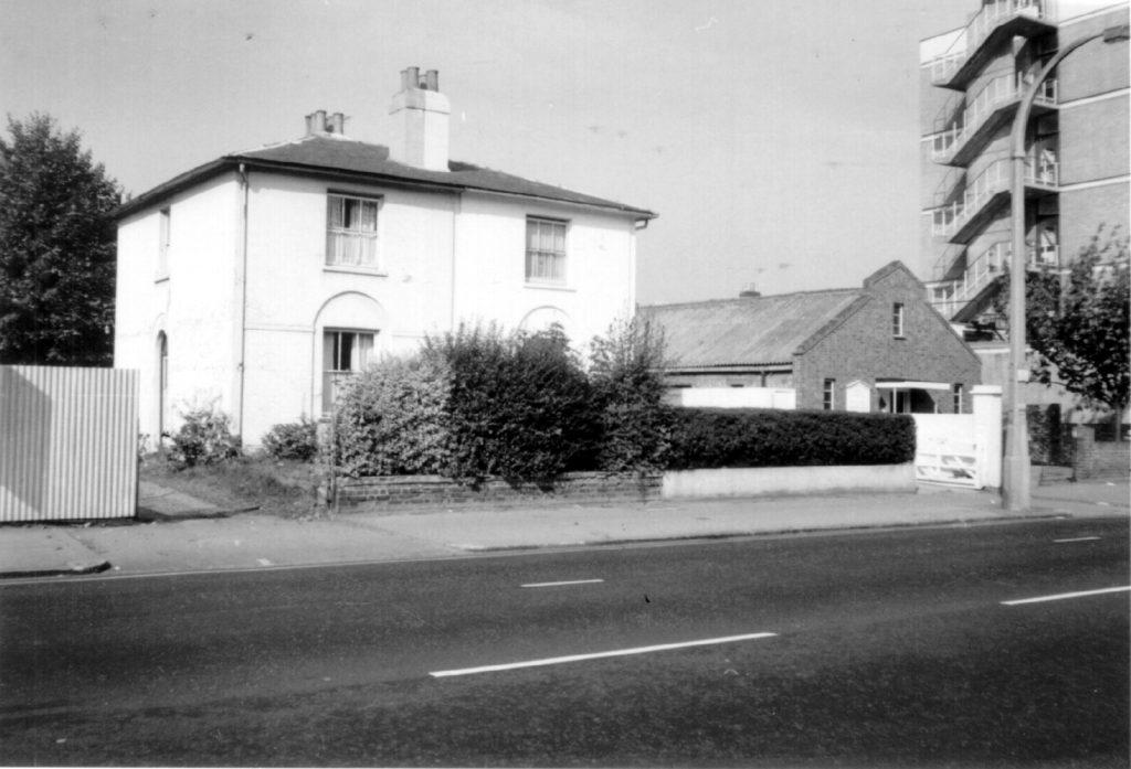 20-18 Morden Rd SW19. 18 was a Pentecostal Gospel Tabernacle (1970) WJR