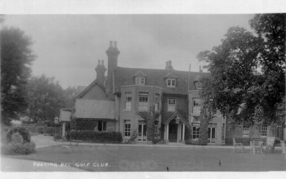 'Tooting Bec Golf Club', formerly New Barns Farmhouse, then South Lodge, Mitcham, until 1905. Demolished 1920s.